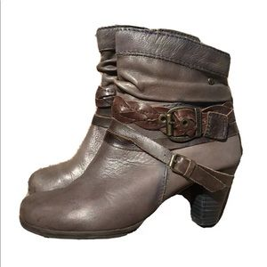 Pikolinos Slouchy Heeled Booties Brown Leather 36